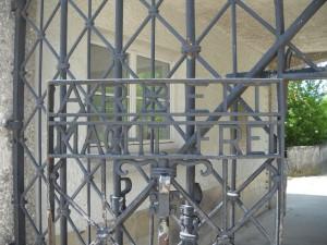 Lagarul de la Dachau - arbeit macht frei