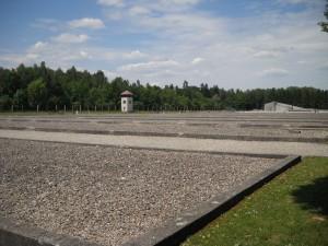 Lagarul de la Dachau - baraci