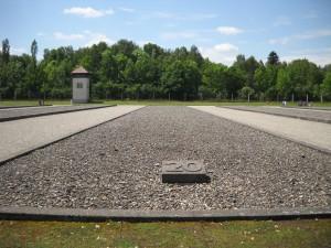 Lagarul de la Dachau - baraci 1