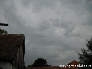 nori rusalii peste sat4
