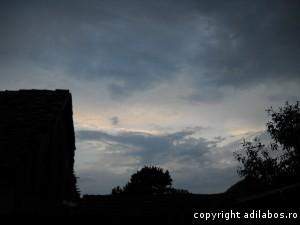 nori rusalii peste sat5