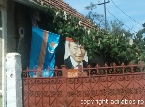 Basescu steag secuiesc american1