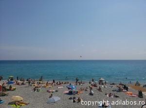 plajă Nisa Coasta de Azur
