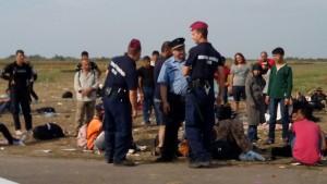politisti refugiati2