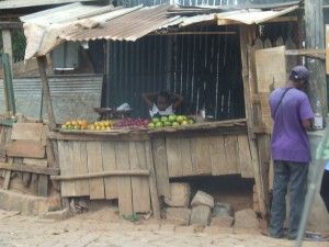 fructe pe strada Antananarivo Madagascar