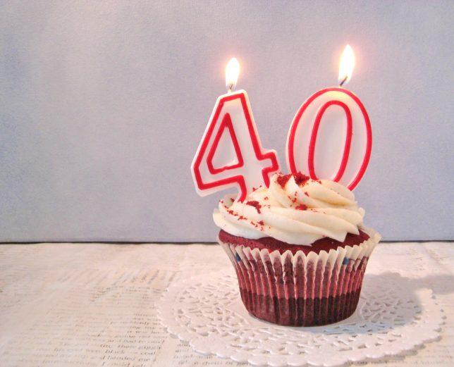 40 de ani