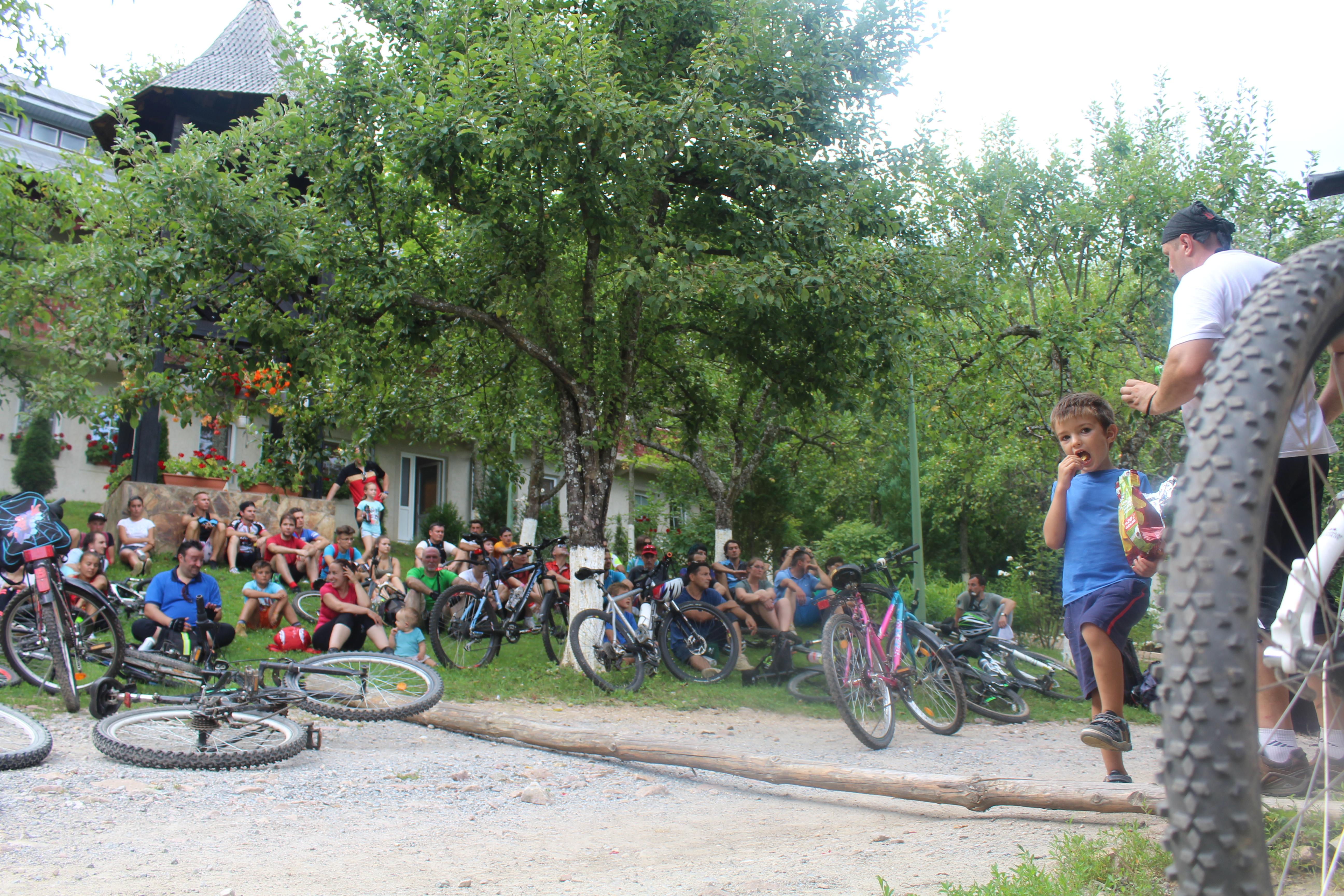 biciclete repaus la manastire